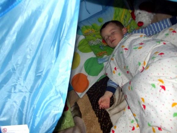 Drzemka w namiocie.. najlepsza miejscówka :)