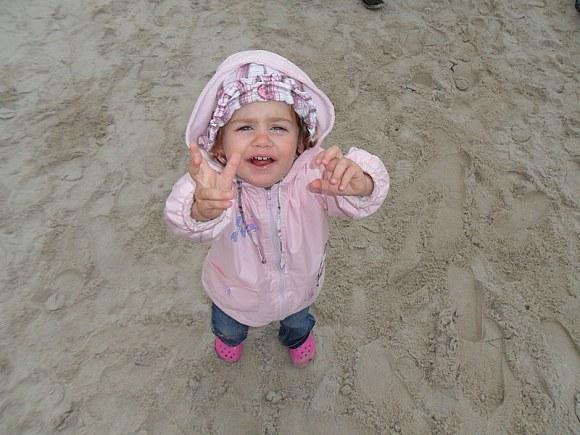 na plaży jak to zwykle Pola niezadowolna.
