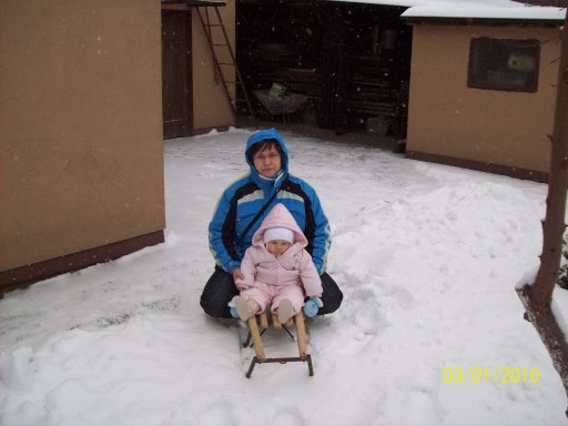 Gdzie nie spojrzysz - biało. Wszystko pojaśniało. Zima, zima - śnieg, śnieg, śnieg. - 32kB