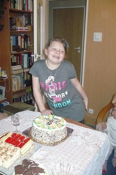 Zuzia skończyła już 8 lat:)