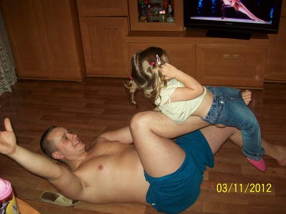 Czyli wieczorne wygłupy z tatą.